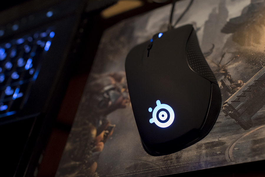 SteelSeries Rival 300 in azione